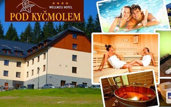 Ubytování pro 2 osoby na 3 dny ve Wellness hotelu Pod Kyčmolem v Beskydech. Ubytování, polopenze, neomezený vstup do wellness centra, ručníkový servis, bowling a další. Vše za fantastickou cenu!