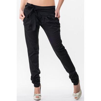 Dámské černé kalhoty s nařasenými nohavicemi Sixie