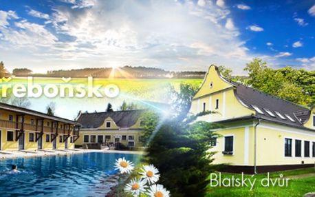 Pohodová dovolená pro DVA v Jižních Čechách! UBYTOVÁNÍ v komfortních apartmánech Blatský Dvůr na 3 DNY jen za 1180 Kč! Báječný relax v krásné krajině, parkování v garáži, přírodní KOUPALIŠTĚ a 2x poukaz na VODNÍ KOLO!