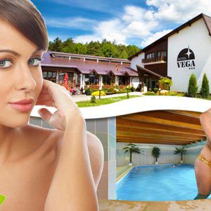 Luhačovice a lázeňský wellness s 6 uvolňujícími procedurami. Masáže, koupele, inhalace, sauna, bazén i vířivka pro 2 osoby v úžasném 3* hotelu Vega v centru moravského lázeňství. Rozmazlete tělo ve špičkovém wellness!