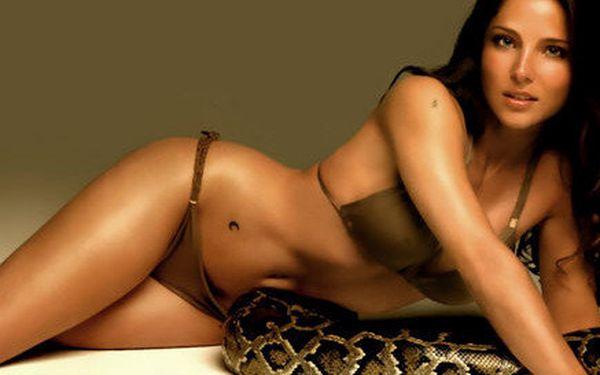 Kosmetické ošetření proti vráskám s výtažky hadího jedu