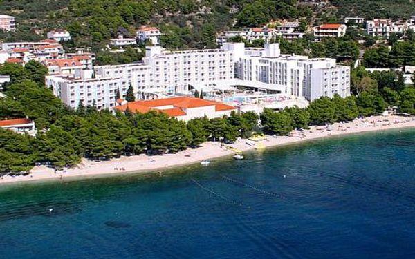 Chorvatsko, oblast Tučepi, snídaně, ubytování v 4* hotelu na 10 dní