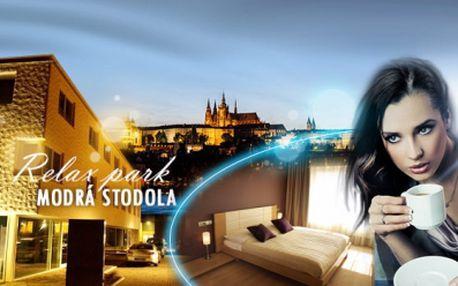 3denní ROMANTICKÝ pobyt pro DVA ve 4* hotelu na okraji Prahy se vstupem do privátního WELLNESS, SNÍDANĚMI, VEČEŘÍ a výborným desertem s kávou nebo čajem za exkluzivních 2690 Kč! Navštivte moderní relax park - Modrá stodola!