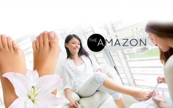 Luxusní pedikúra na václavském náměstí jen za 199 kč! Relaxační koupel s mořskou solí, úprava nehtů, peeling, masáž chodidel a další! Nechte svoje nožky hýčkat v krásném prostředí salonu the amazon se slevou 73%!