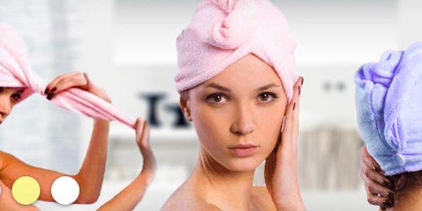 Speciální turban na mokré vlasy (snadné uchycení pomocí knoflíčku) + hřeben