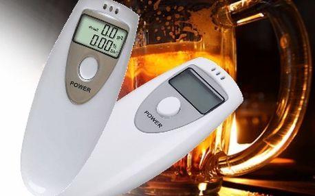 Praktický alkohol tester s LCD displejem. Neriskujte za volantem a jezděte bezpečně!