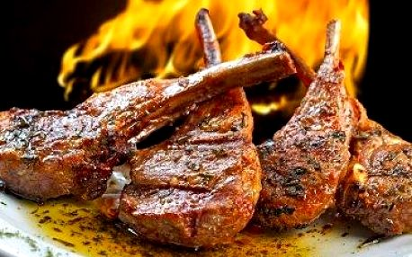 Vyhlášená STAROČESKÁ KRČMA! Sleva až 50 % na celý jídelní lístek včetně steaků a vynikajících masových pokrmů! Vše připraveno na otevřeném ohništi přímo před vašima očima!!! Oblíbená restaurace na Praze 6 u stanic metra Dejvická nebo Hradčanská!!