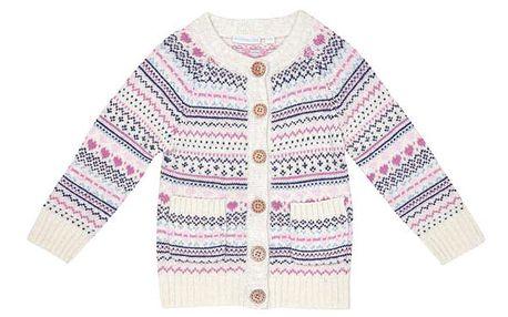Bílý svetr se vzorem