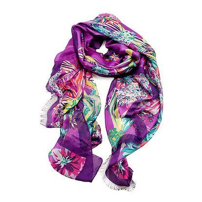 Fialový šátek s květinovým vzorem