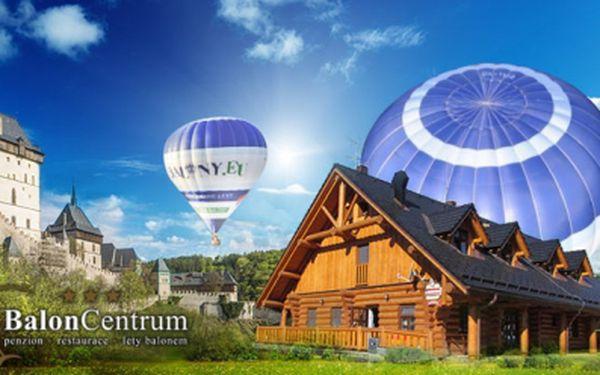 Cenová BOMBA! Hodinový let horkovzdušným BALONEM jen za 1960 Kč s možností ubytování v BalonCentru! S variantou First Class za 2660 Kč si vychutnáte let největším balónem v ČR přímo z Vámi vybrané lokality a VIP servis!