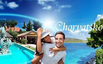 CHORVATSKO, rybářská vesnice Tribunj a super OSMIDENNÍ dovolená v LETNÍCH TERMÍNECH již od 5899 Kč! V ceně hotel*** s POLOPENZÍ a služby delegáta! Voucherem platíte zálohu ve výši 2000 Kč, zbytek přímo CK!