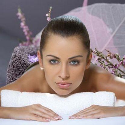 90 minutová relaxační masáž celého těla levandulov...