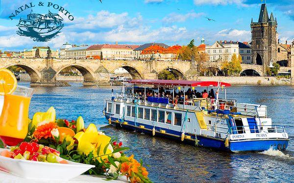 Plavba po Vltavě s ovocným občerstvením
