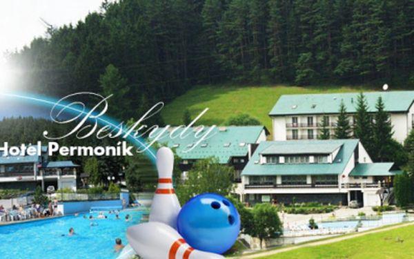 Úžasný letní pobyt v Beskydech, v hotelu Permoník*** již od 2390 Kč PRO DVA! Bohatá POLOPENZE, vstup do venkovního BAZÉNU, welcome drink, využití TENISOVÉHO kurtu a další bonusy! Zvolte ubytování na 3, 4 nebo 6 DNÍ!