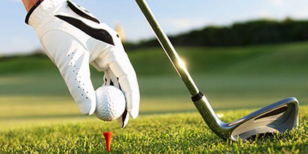 5 lekcí golfu s profesionálním trenérem v Golfcentru Hotelu Čechie. Možnost hry za každého počasí na venkovním krytém a vyhřívaném driving range