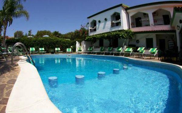 Itálie, oblast Kalábrie, plná penze, ubytování v 3* hotelu na 8 dní