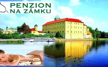 Zámecké PODĚBRADY i v létě: 3 dny se snídaněmi v Penzionu Na zámku pro 2 a prohlídkou zámku