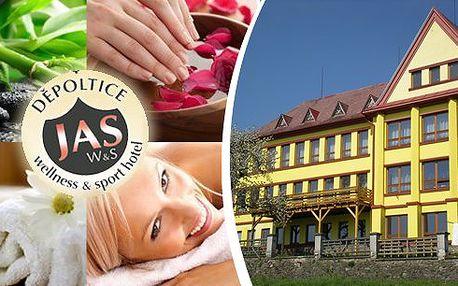 ŠUMAVA - wellness pobyt plný procedur pro 2 osoby na 3 nebo 5 dní ve Wellness & Sport Hotelu JAS nominovaném na cenu Hotel Award 2013. Bohatá polopenze, wellness procedury pro každého, pitný režim a další výhody! Super výlety do okolí!
