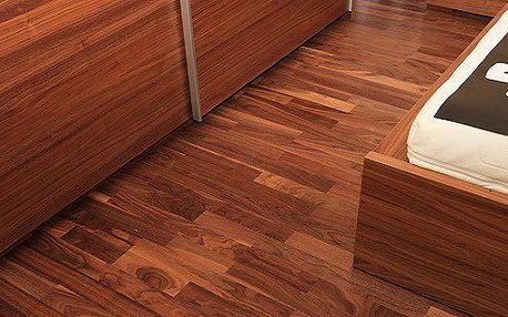 Dřevěná podlaha Americký ořech lak
