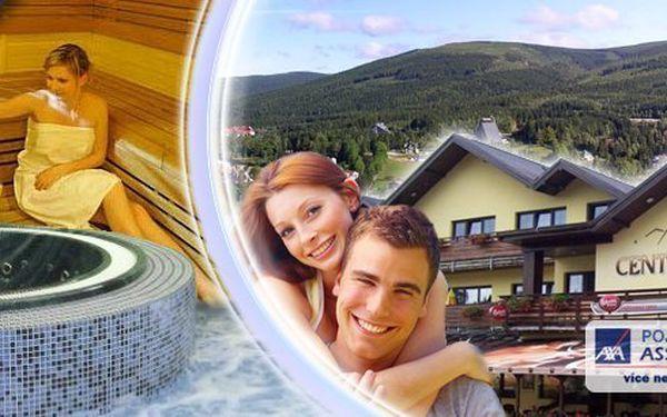 Regenerační wellness pobyt pro dva na 3 dny v luxusním Wellness hotelu Centrum. Ramissio Goji, 4chodové večeře, wellness procedury, vstup do bazénu s protiproudem, whirpool a pravá finská sauna v centru horského střediska Harrachov!