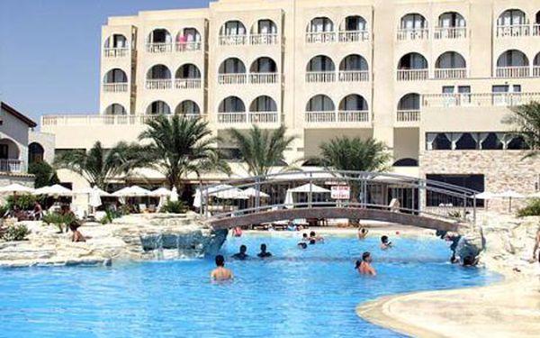 Kypr, oblast Larnaca, snídaně, ubytování v 4* hotelu na 8 dní