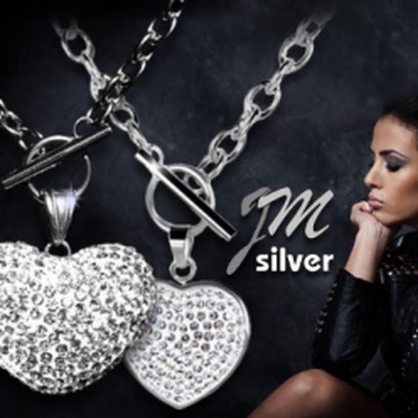 Elegantní řetízek se zářivým přívěskem jen za 299 Kč včetně POŠTOVNÉHO! Vybrat si můžete ze 4 variant! Nádherný šperk z chirurgické oceli s neodolatelnou slevou 68%!