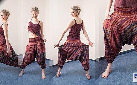 Přivítejte teplé dny v pohodlných indických kalhotách s kapsami, které lichotí každé postavě! Kalhoty jsou ideální nejen do parného léta!