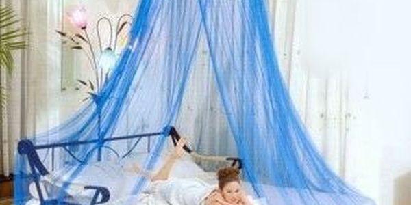 Nebesa nad postel udělají z pokojíku komnatu pro princeznu!