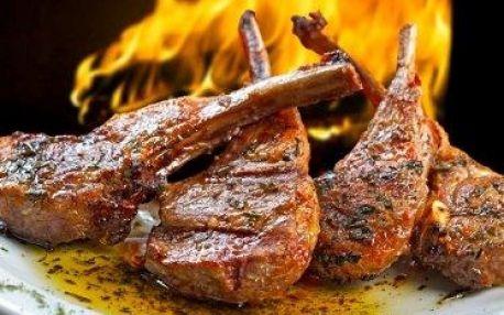 Vyhlášená STAROČESKÁ KRČMA! Sleva až 50 % na celý jídelní lístek včetně steaků a vynikajících masových pokrmů! Vše připraveno na otevřeném ohništi přímo před vašima očima. Oblíbená restaurace na Praze 6 u stanic metra Dejvická nebo Hradčanská.
