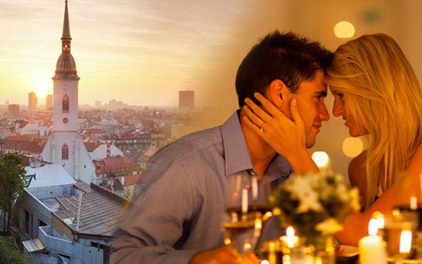 Romantický víkend plný luxusu v Bratislavě pro DVA s polopenzí a wellness