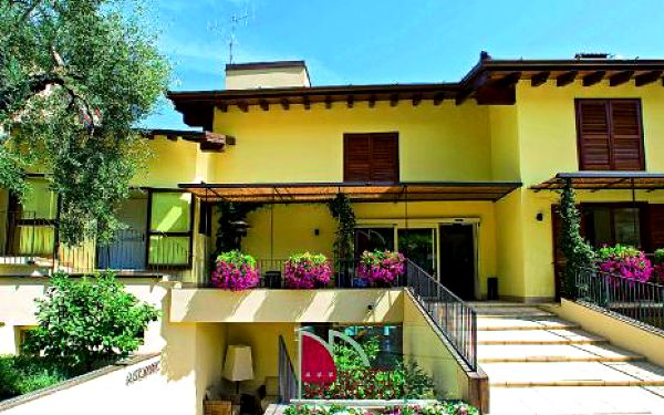 Itálie, oblast Lago di Garda, snídaně, ubytování v 3* hotelu na 8 dní
