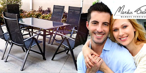 Posezení v černé – stůl a 6 skládacích židlí Zaragoza