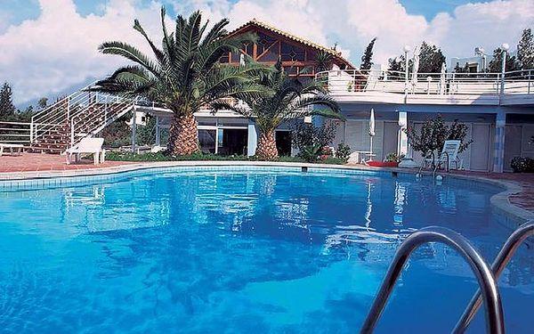 Letecky do Řecka. 8 dní v krásném hotelu Comfort Malievi