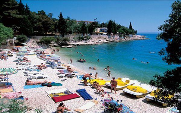 Istrie, pobyt na 4 dny v Rabacu s polopenzí. Koupání, vodní sporty a večerní zábava. Termíny v červnu a červenci.