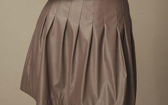 Dámská hnědá skládaná koženková sukně Ambigante