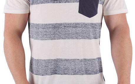 Moderní pánské tričko v klasickém střihu je z velmi příjemného bavlněného materiálu. Velikost 98-86