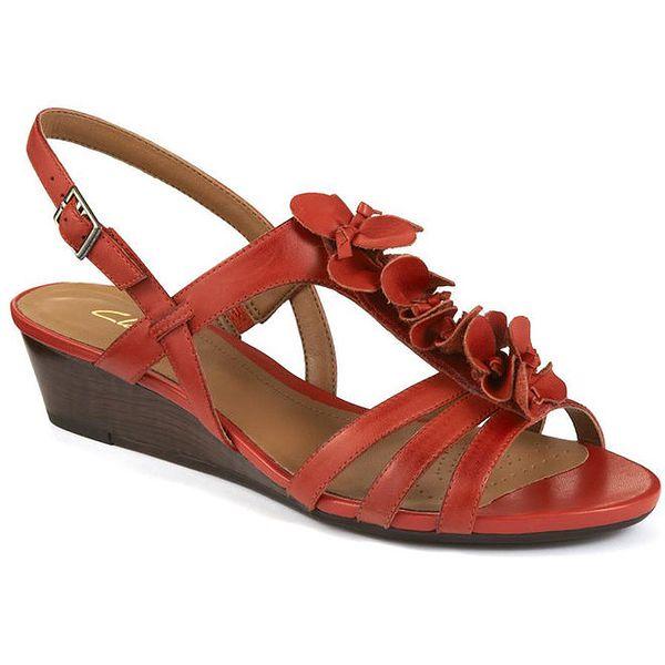 Dámské oranžové sandály na nízkém klínu Clarks
