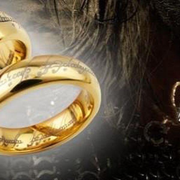 Akce přímo od Froda - Legendární Prsten moci z filmu Pán prstenů . Prsten, který vládne všem!!!!!!!