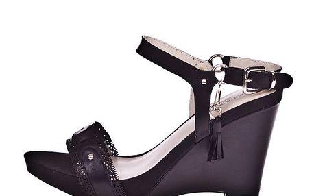 Dámské černé sandálky na klínku Roberto Botella