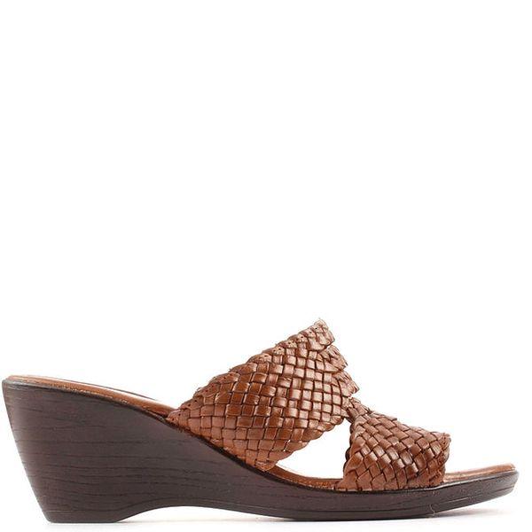Dámské hnědé kožené sandály na klínovém podpatku Toscania