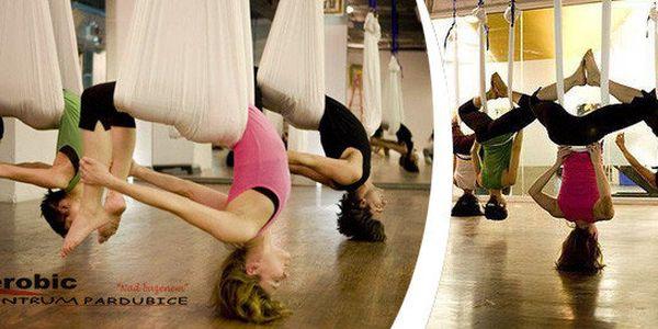 Létající jóga – pohyb nespoutaný gravitací