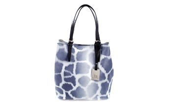Dámská kožená kabelka s modrým žirafím potiskem Puntotres