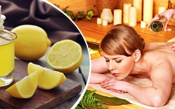 Úžasná svěží a regenerační citrusová masáž celého těla