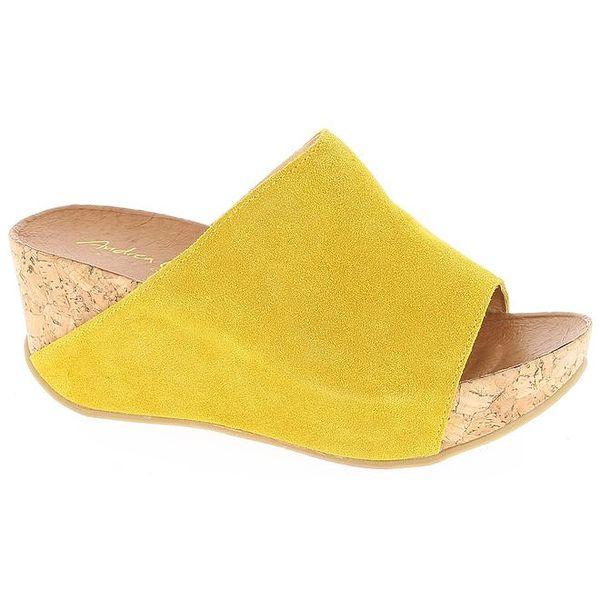 Dámské žluté nazouvací sandály Andrea Conti