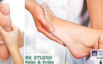 Jedinečná reflexní masáž plosek nohous regenerací chodidel a dárkem v ceně. Během terapeutické masáže a zábalu chodidel Vám dokážeme odstranit zatvrdlé či popraskané paty, plísně na nohou, zápach, potivost na chodidlech!