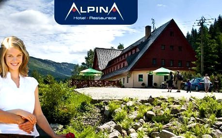 3 nebo 6 dní v hotelu Alpina*** Špindlerův Mlýn pro dvě osoby s polopenzí a výhodnou polohou jen 100 metrů od lanovky Hromovka. Neomezený vstup do sauny a whirlpoolu, grilování na terase, sleva na výletní vláček, koloběžky a další zábavu!!!