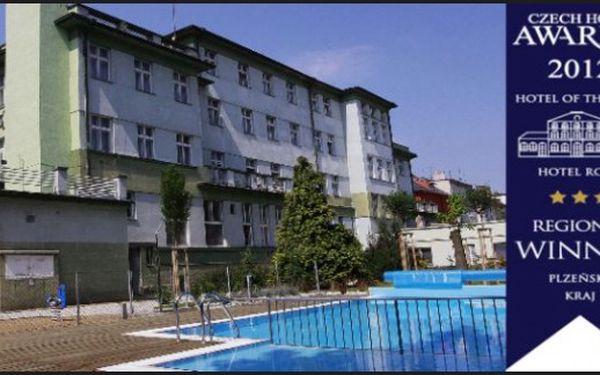 KLATOVY: Wellness hotel Central*** - 3dny s polopenzí pro 2 + vnitřní a venkovní bazén zdarma