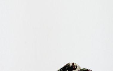 Dámské květinové žabky s řetězovou ozdobou Shoes and the City