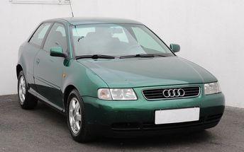 Audi A3 1.8, dig. klimatizace