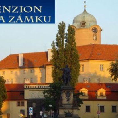 Zámecké PODĚBRADY: 3 dny se snídaněmi v Penzionu Na zámku pro 2 a prohlídkou zámku
